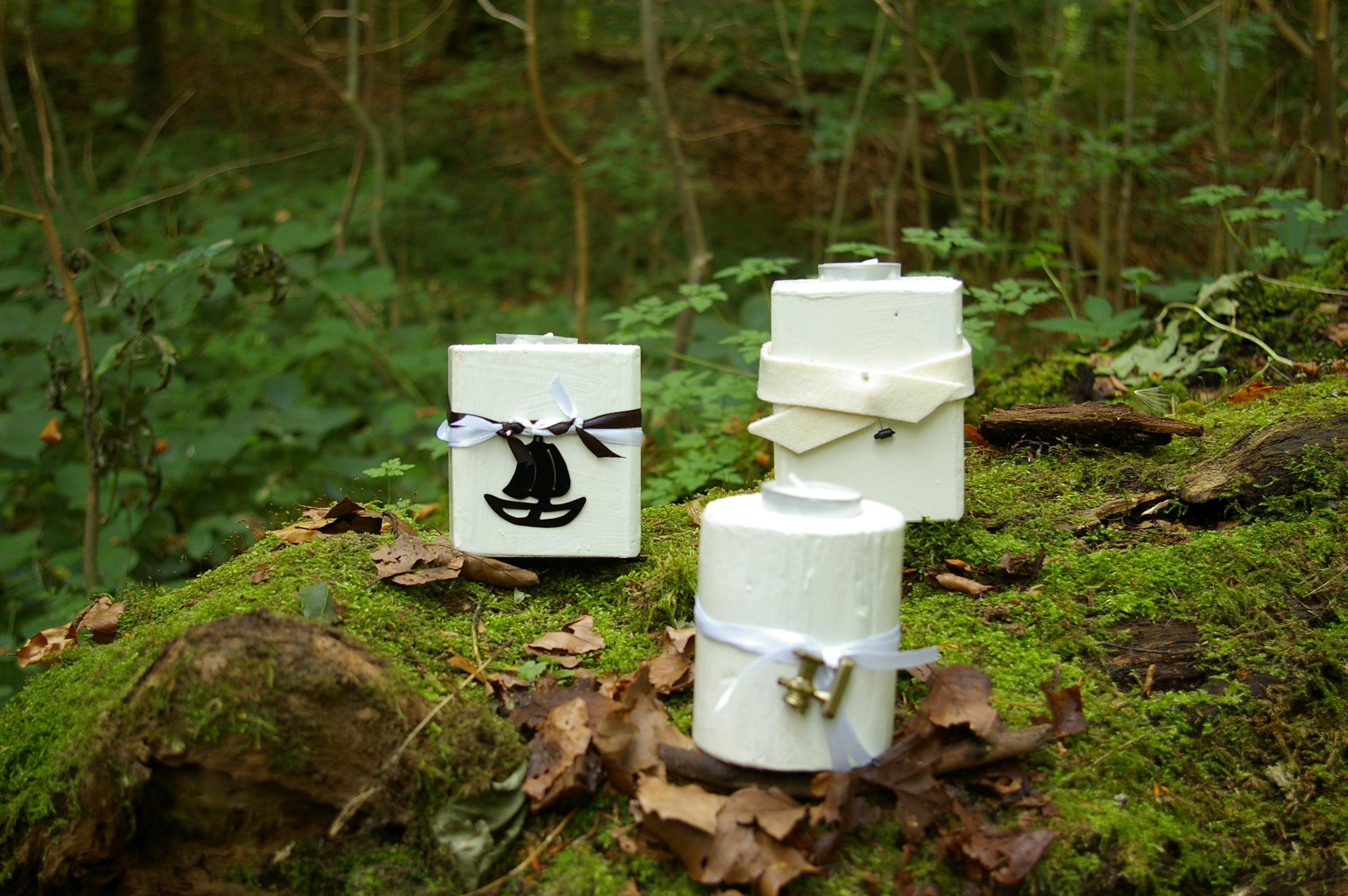 Teelichthalter in weiß
