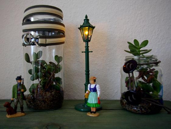 Pflanzengläser als Dekoration