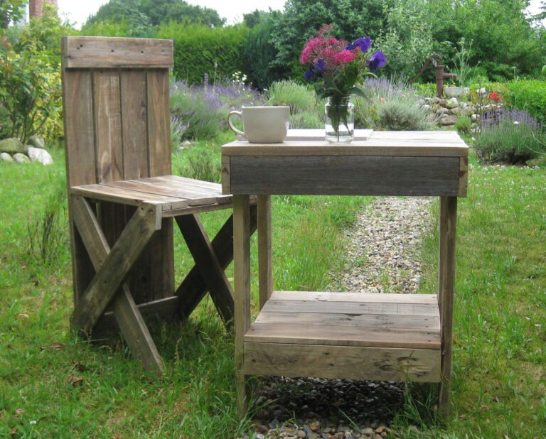 Diy Robuste Gartenmöbel aus Palettenholz und Regenwetter