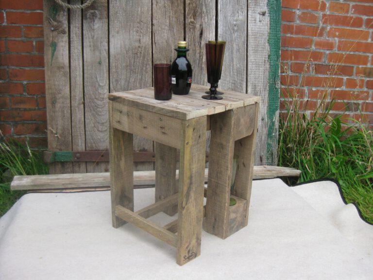 DIY Hocker aus Palettenholz – die praktischen Alleskönner